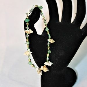 Shell & Natural Green Aventurine Stretch Anklet